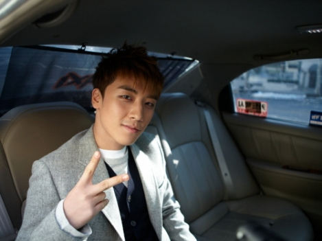 [http://en.korea.com/blog/enter/k-pop/seungri-dishes-on-some-big-bang-stories-through-tvn%E2%80%99s-%E2%80%9Ctaxi%E2%80%9D/]