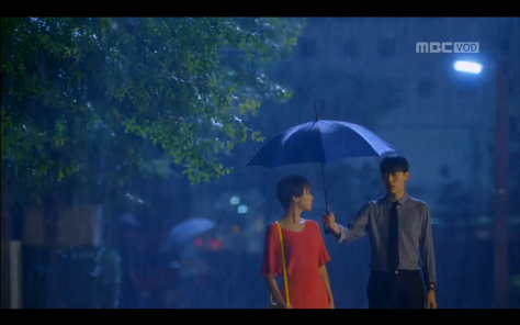 lucky romance kdrama umbrella-couple