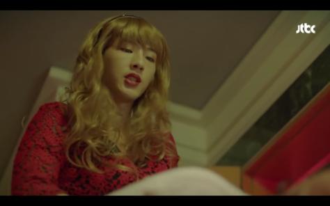 Ji Soo in drag