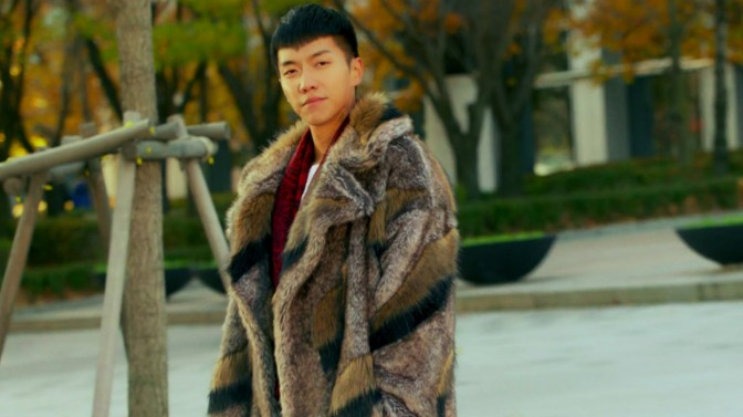 "Lee Seung Gi's Amazing Coats on ""A Korean Odyssey"""