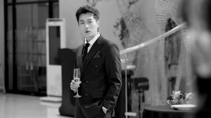 "Damn Sexy Alert: Yoon Doo Joon Suits Up On ""Radio Romance"""